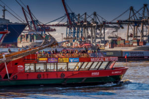 Germany, Hamburg, Elbe, Harbour, St. Pauli, fish market, Container Terminal, Great place