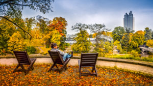 Germany, Hamburg, Park, park, Planten un Blomen, autumn, woman