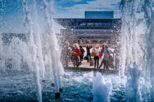 Europe, Denmark, Copenhagen, centre, the fountains in front of the castle Amalienborg, tourists, in the background the new opera