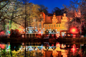 Christmas market at the Bergedorf castle in Hamburg, Germany, Europe