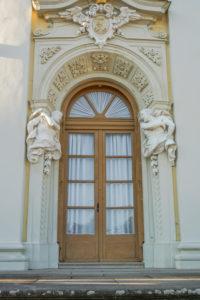 Germany, Baden-Wuerttemberg, Ludwigsburg, facade of Ludwigsburg Palace, detail, door