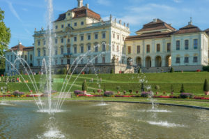 Germany, Baden-Wuerttemberg, DLudwigsburg, Ludwigsburg Castle, fountain in the castle garden
