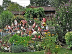 Germany, Bavaria, Germering, garden, gnomes