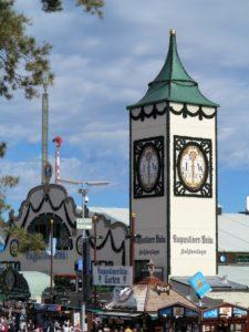 Germany, Bavaria, Munich, Oktoberfest, Augustiner Bräu, beer tower and marquee
