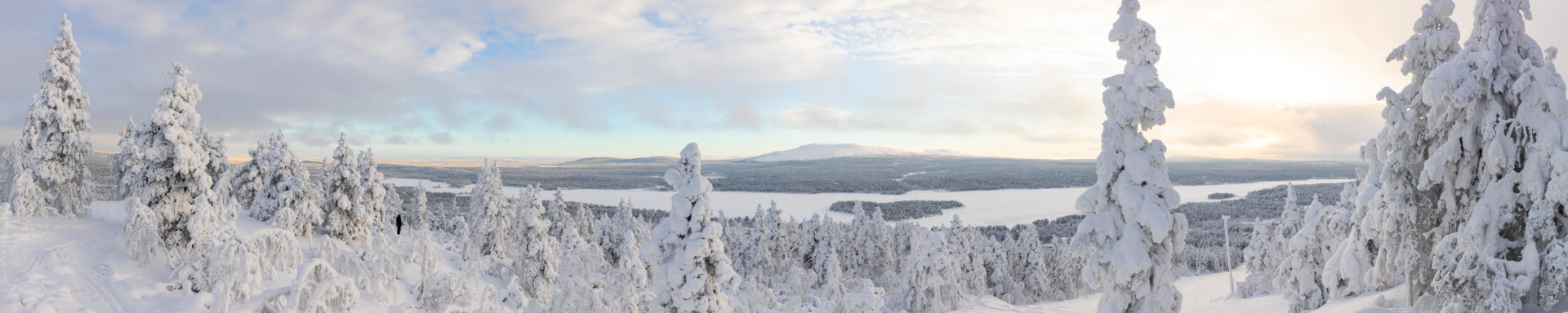 Finland, Lapland, winter, Enontekiö, landscape of Jyppyrä, view of Pyhäkero and Ounasjoki