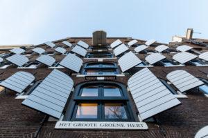 Niederlande, Holland, Amsterdam, Fassade mit Fensterläden