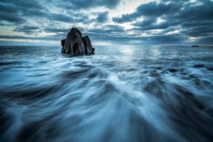 Portugal, Madeir, Fels im Wasser