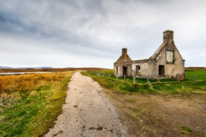An abandoned house in the scottish highlands