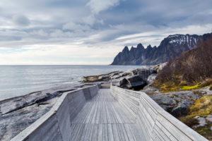 Europe, Norway, Senja, Tungeneset, Devil's Teeth mountains