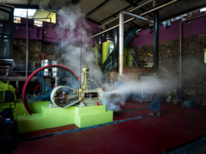 Neisson Rhum, rum distillery by steam engine, steam engine
