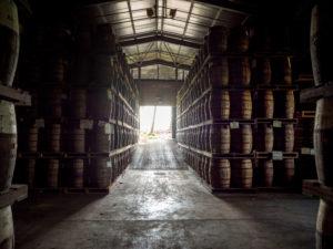 Saint James, Rumlager, der Rum altert in den Fässern