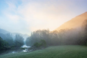 Hardegg, river Thaya at morning, mist, sun coming through, view to Neuhäusl Castle ruin, Thaya River National Park Thayatal - Podyji, in Weinviertel, Niederösterreich / Lower Austria, Austria