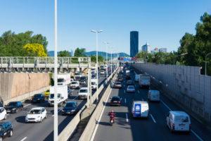 Wien / Vienna, freeway A22 Donauuferautobahn, mountain Kahlenberg, DC Tower 1, cars, traffic jam in 22. Donaustadt, Vienna, Austria