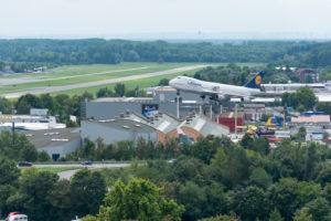 Speyer, Blick vom Dom auf das Technik Museum, Jumbojet der Lufthansa