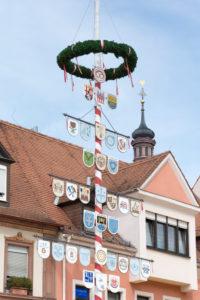 Speyer, Maibaum, Handwerkerbaum in der Maximilianstraße