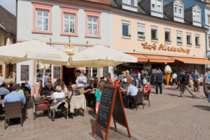 Speyer, Café in der Maximilianstraße.