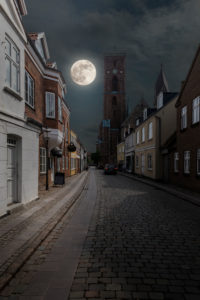 Denmark, Jutland, Ribe (oldest city of Denmark), street scene in the old town.