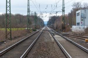 Deutschland, Baden-Württemberg, Weingarten (Baden), Gleisanlage.