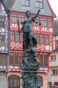 Germany, Hesse, Frankfurt, the justice fountain at the city hall.