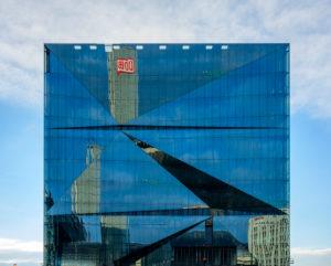 Deutschland, Berlin, Cube Berlin am Hauptbahnhof.