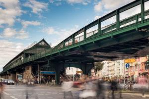 U Bahnhof Eberswalder Straße, Kreuzung Kastanienallee, Pappelallee, Schönhauser Allee, Prenzlauer Berg, Pankow, Berlin, Deutschland