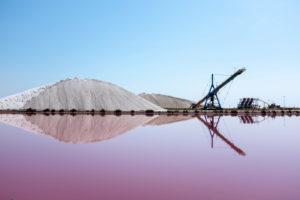 Salzgärten Aigues-Mortes, Camargue, Südfrankreich