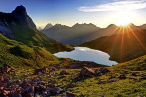 Germany, Bavaria, Allgäu, Oberallgäu, Allgäu Alps, Rappensee, Kleiner Rappenkopf (2276 m), Großer Widderstein (2533m), Geißhorn (2366m), Liechelkopf (2383m), Elferkopf (2387m), Schafalpenköpfe,