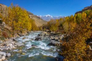 Nepal, Himalaya-Gebirge, Distrikt Mustang, Annapurna Circuit, Upper Mustang Trek, Kali Gandaki, Tal, Etappe Geling - Dhakmar, Flusslandschaft, Herbstfarben,