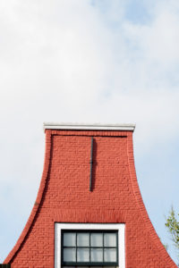 an easy house gable in Haarlem, low country