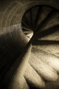 Treppenstufen in einem Turm