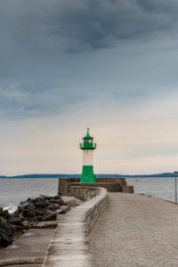Leuchtturm auf  der Ostmole bei Sassnitz.