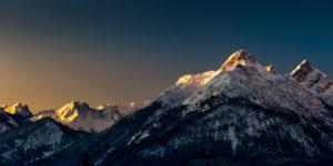 Arnspitze (mountain peaks) at sunrise