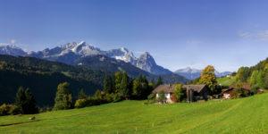 Mountain farm, view of Zugspitze