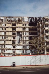 Abriss von Gebäude, Baustelle, Brighton, England