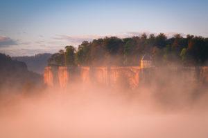 Festung Königstein, Elbtal, Sonnenaufgang, Sächsische Schweiz, Sachsen, Deutschland, Nationalpark