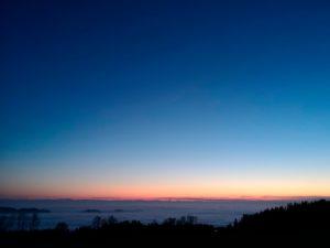 Wolkenmeer über dem Mühlviertel mit Blick in die Alpen