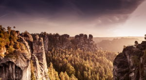 view from the Bastei bridge to 'Gansfelsen'