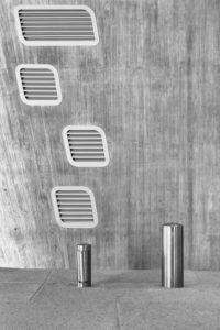 Lüftungsgitter, Poller, moderne Architektur, Phaeno