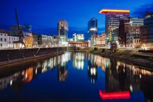 Medienhafen am Abend, Düsseldorf