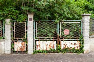 Abandoned residence, Roissy-en-France, France, Europe