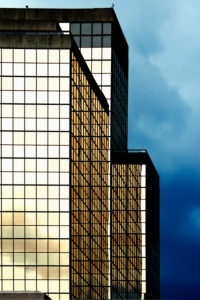 Mirror, shape and color, building geometries
