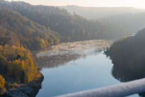 Germany, Saxony-Anhalt, Upper Harz, view from the suspension bridge TitanRT at the Rappbodetalsperre, reservoir, Harz.