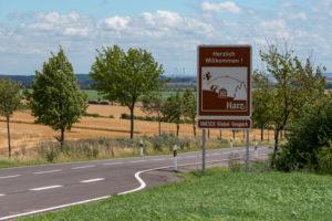 Deutschland, Sachsen-Anhalt, Hedersleben, Beginn des UNESCO Global Geoparks Harz.