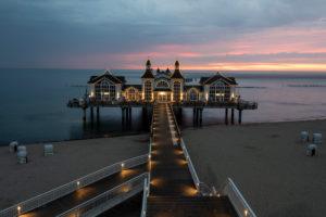 Germany, Mecklenburg-Western Pomerania, Ruegen island, Sellin, pier