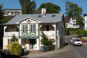 Deutschland, Mecklenburg-Vorpommern, Insel Rügen, Sassnitz, Blick in die Altstadt, Ostsee