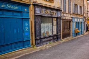 Stores in Saint-Antonin-Noble-Val, Occitania