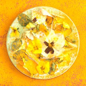 Indisches Stilleben in Gelb und Orange