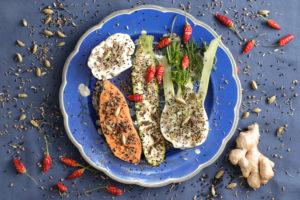 Gewürze und Gemüse für ein Curry