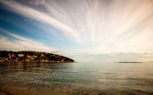Kroatien, Krk, Strand von Baska, Adria, Blick auf Meer