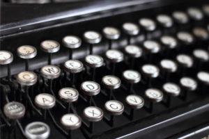 Tasten einer alten Schreibmaschine